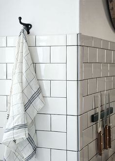 how to tile corners with subway tile - Google Search - need bullnose ...