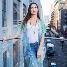 Strolling the streets of New York In our hand-dyed silk fringed kimono and channeling Spring vibes. . . . #gypsysoul #handdyed #bohostyle #bohemian #pastel #kimono #kimonos #gypsysoul #kimonostyle #springstyle #springfashion #alysonrenee #madeinnyc