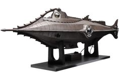 eFX Collectibles' 1:45 scale _Nautilus_, about 4'/1.2m long | Again, the work of Scott Brodeen #nautilus