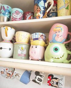 Uploaded by Find images and videos about beautiful, cups and mugs on We Heart It - the app to get lost in what you love. Disney Coffee Mugs, Disney Mugs, Cute Coffee Mugs, Disney Souvenirs, Casa Disney, Disney Rooms, Disney Love, Disney Art, Cute Water Bottles