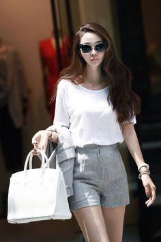 Basic Round linen tee white top dint 딘트
