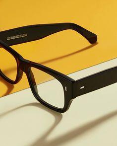 34dad5413cedb 97 รูปภาพที่ยอดเยี่ยมที่สุดในบอร์ด Sunglass   Glasses Eye Glasses ...