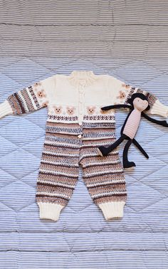 Nordic Yarns and Design since 1928 Knitting For Kids, Crochet For Kids, Knitting Yarn, Baby Knitting, Crochet Baby, Knitting Patterns, Knit Crochet, Crochet Patterns, Knitted Baby Clothes