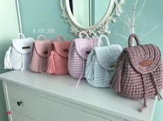 Marvelous Crochet A Shell Stitch Purse Bag Ideas. Wonderful Crochet A Shell Stitch Purse Bag Ideas. Crochet Handbags, Crochet Purses, Crochet Hooks, Knit Crochet, Hand Knit Bag, Mochila Crochet, Crochet Backpack, Crochet Purse Patterns, Yarn Bag