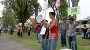 Papaya growers support GMO at Hilo rally