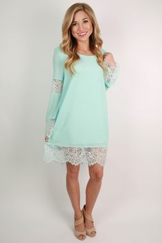 This pretty little dress is perfect for wearing to spring weddings! Pair it with pearls and classy heels for a timeless and totally flattering look for any special occasion!