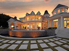 Elegant Waterfront Estate in Siesta Key Florida