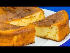 Nu te vei opri până nu vei mânca și ultima bucată din această budincă de brânză!  SavurosTV - YouTube Chocolate Blanco, Food Cakes, Ricotta, Cornbread, Banana Bread, Cake Recipes, Keto, Ethnic Recipes, Deserts
