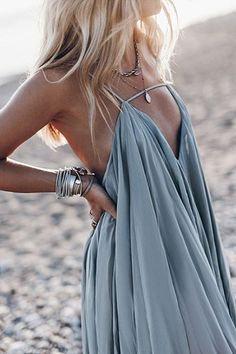 Shopping Spaghetti Strap Back Hole Plain Sleeveless Maxi Dresses online with high-quality and best prices Maxi Dresses at Luvyle. Buy Maxi Dresses Online, Women's Dresses, Casual Dresses, Summer Dresses, Outfit Formal, Beach Dresses, Mode Outfits, Chic Outfits, Fashion Outfits