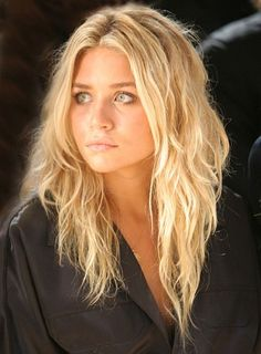 i actually want to be an olsen twin. love her bed head hair.