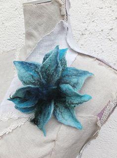 Gefilzte Blume von Lanchen auf Etsy