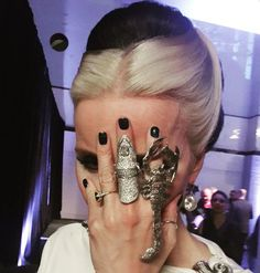 daphne guinness - Twitter Search