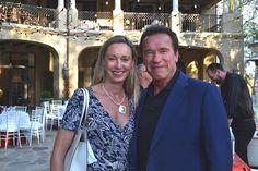 Generalkonsulin Ulrike Ritzinger mit Gouverneur Arnold Schwarzenegger (Foto beigestellt)