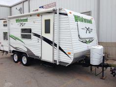 2003 fleetwood rv pioneer 18t6 used travel trailer camper for sale 2009 wildwood 18 publicscrutiny Image collections