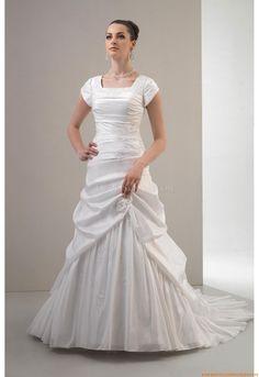 Square-neck Glamoures Schönste Brautkleider 2014 aus Satin