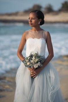 bohemian bridal gown for beach wedding #bride #bouquet #love #events