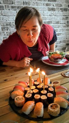 Fermented Foods, Tea Lights, Birthday Candles, Celebrities, Easy, Tea Light Candles, Celebs, Foreign Celebrities, Famous People