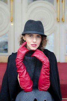 Red Gloves, Long Gloves, Ladies Gloves, Gloves Fashion, Fashion Tights, Elegant Gloves, Blazers, Black Leather Gloves, Fetish Fashion