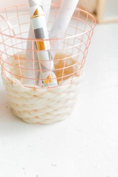 DIY Wool Woven Paper Basket so soft you'll want to hug it!