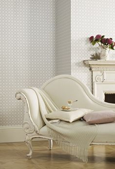 Cora in colourway Porcelain. Also avaliable in Chalk and Chartreuse.