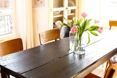Love the table and chairs.