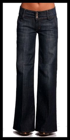 Hudson high-waist, wide-leg trouser jeans (polished enough to be stylish in an EFFORTLESS kind of way - without trying too hard to get NOTICED) Look Fashion, Street Fashion, Fashion Beauty, Girl Fashion, Mode Outfits, Fashion Outfits, Womens Fashion, Jeans Fashion, Fashion Shoes