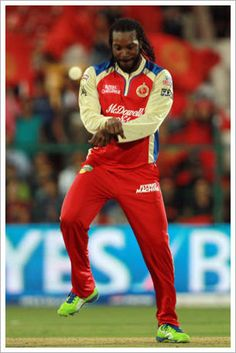 Chris Gayle grooving to the tapping Gangnam Style! What moves . 2015 Cricket World Cup, Cricket Wallpapers, Cricket Sport, Star Wars, Who Will Win, Gangnam Style, Great Team, West Indies, Love People