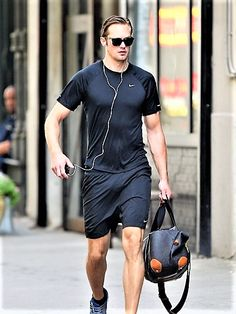Alexander Skarsgard Wears All-Black Gym Clothes in NYC Celebuzz! Alexander Skarsgard, Sporty Outfits, Sporty Style, Gym Outfits, Wearing All Black, Gym Wear, Sport Wear, Mens Fashion, Sporty Fashion