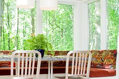 Fantastic breakfast nook with window seating. Discovered on www.Porch.com