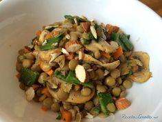 Aprende a preparar ensalada de lentejas light con esta rica y fácil receta.  Las lentejas son un alimento ideal para las personas vegetarianas que no consumen carne,...