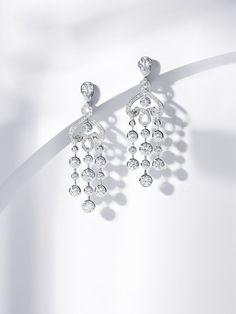 4 Amazing Tips: Minimal Accessories Minimalist Jewelry Simple Beautiful Jewelry. - 4 Amazing Tips: Minimal Accessories Minimalist Jewelry Simple Beautiful Jewelry. Jewelry Ads, Jewelry Logo, Photo Jewelry, Cute Jewelry, Jewelry Gifts, Fashion Jewelry, Pearl Jewelry, Swarovski Jewelry, Jewelry Quotes