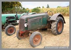 Saint-Sauflieu véhicules anciens tracteurs anciens