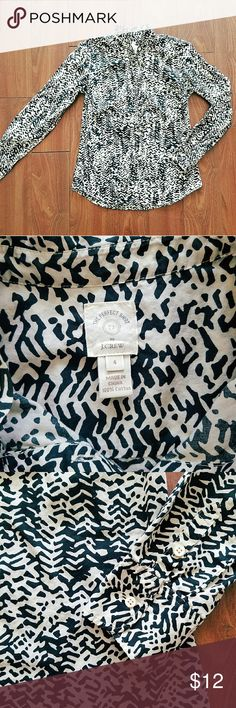 J.Crew- Animal print Sz 4 Like new beautiful J.Crew button animal print top Sz 4. Comes from a smoke and pet free home! Make an offer posh gals! J. Crew Tops Blouses