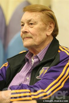 Lakers owner Jerry Buss at A true Laker for life. Basketball Legends, Basketball Teams, College Basketball, Dodgers, Lakers Team, Jerry Buss, Showtime Lakers, James Worthy, Lakers Girls
