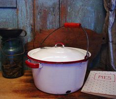 Vintage Farmhouse Kitchen Pot