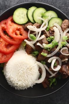 This Bo Luc Lac is marinated in soy sauce, fish sauce, oyster sauce, coconut sugar, stir fried & topped with pickled onions & served with Nuoc Cham. Easy Vietnamese Recipes, Vietnamese Cuisine, Asian Recipes, Ethnic Recipes, Vietnamese Sauce, Meat Recipes, Cooking Recipes, Healthy Recipes, Recipies
