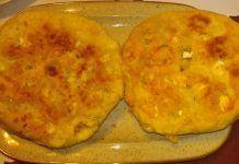 Υπέροχα τηγανόψωμα με φέτα, για οποιαδήποτε στιγμή…. Eggs, Breakfast, Food, Morning Coffee, Essen, Egg, Meals, Yemek, Egg As Food