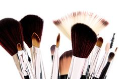 A flawless makeup application starts with the right tools!