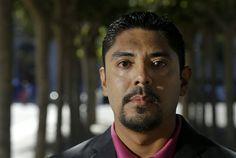Sergio Garcia tiene el talento y las calificaciones para ser abogado. Incluso ha pasado un examen que pocos aprueban. Pero no puede ejercer por ser indocumentado: http://washingtonhispanic.com/nota15933.html