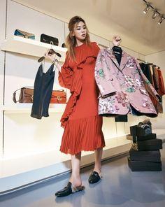 Lee Ho Jeong by Choi Yong Bin for Cosmopolitan Korea Sept 2015