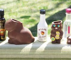 Bunny Shots (Use hollow chocolate Easter bunny, chill, gently remove the head, add favorite shot recipe) Easter Food, Easter Recipes, Easter Ideas, Fun Cocktails, Fun Drinks, Happy Drink, Chocolate Easter Bunny, Shot Recipes, Hampton Roads