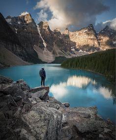25Fotos perfectas para aquellos que odian elajetreo delaciudad El lago Moraine en el Parque Nacional Banff (Canadá) al amanecer.