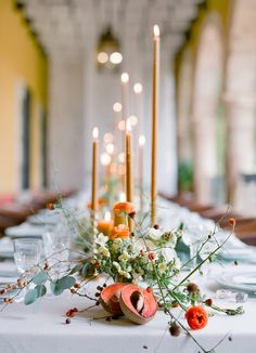 charming tablescape | Photography: Jose Villa Photography - josevillaphoto.com