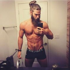 Taylor Franklin (@manbunmonday) | Instagram photos and videos