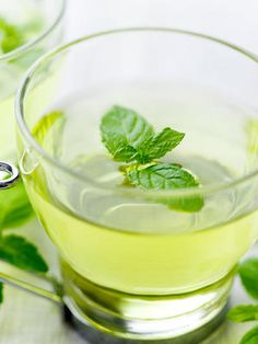 """Learn the whole truth about detox teas and how these celebrity-endorsed diets may not be the healthiest and smartest way to shed weight. We have great alternatives to """"teatoxes"""" to keep your body healthy and cleansed without a crazy crash diet."""