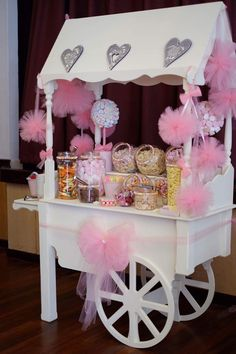 Carousel Birthday Parties, Birthday Party Themes, Princess Birthday, Girl Birthday, Anniversaire Candy Land, Flower Shop Decor, Sweet Carts, Candy Cart, Baby Party