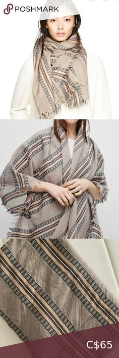 """Aritzia Blanket Scarf 51"""" wide X 63"""" long Materials & Care Content: 100% wool Condition: 10/10 Aritzia Accessories Scarves & Wraps Cowl Scarf, Blanket Scarf, Scarf Wrap, Cropped Hoodie, Sweater Hoodie, Triangle Scarf, Blue Blanket, Zara Man, Plus Fashion"""