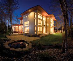 Raven Spanier's Moncton, New Brunswick home from the fall 2011 issue of East Coast Living