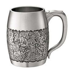 Tankard (0.5 pint), Isthmus - A homeware decorated with an exuberant foliate motif, this tankard carries design that symbolises the fusion of different cultures where decorative elements from the East and West meet. Functional yet decorative to your home, this tankard measures 0.5 pint. Also available in 1 pint.