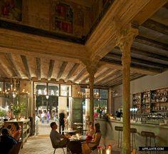 Theatrical Interior – Ocaña Bar and Club in Barcelona // Ocaña | Afflante.com